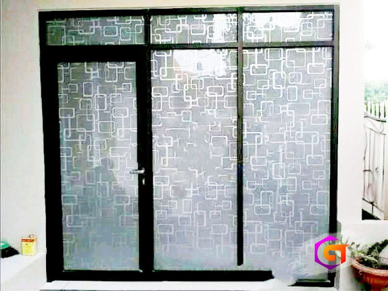 kusen pintu kaca aluminium